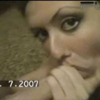 Dentica, ragazza bulgara succhia e lecca lo sperma